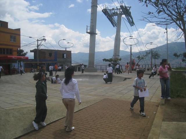 Kids playing under the metrocable in Santo Domingo