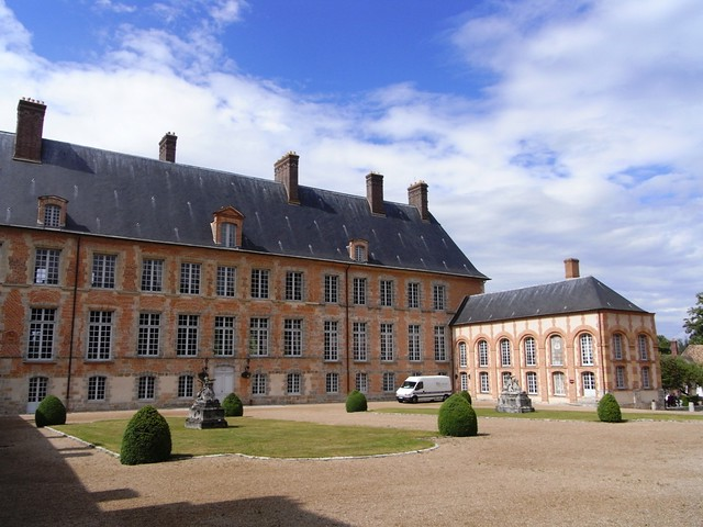 Château Les Mesnuls