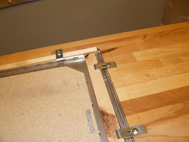 X  Undermount Kitchen Sinks