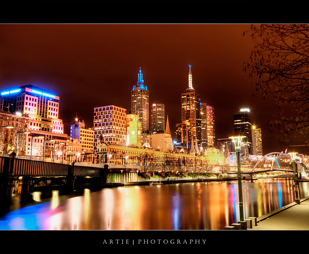The Glowing City of Melbourne :: HDR