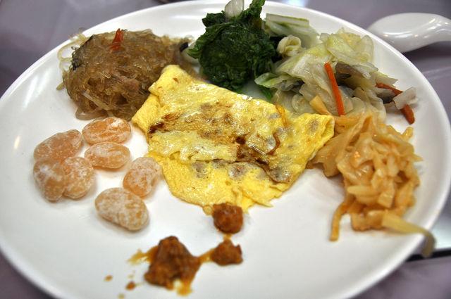 國軍英雄館吃到飽早餐一百元