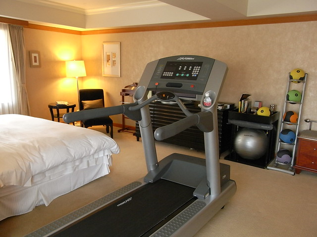 Permalink to Hotel Room Workout