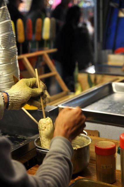 海苔炸玉米-裹麵衣