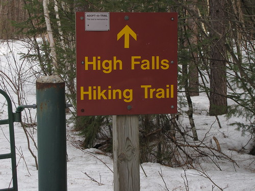 High Falls hiking trail