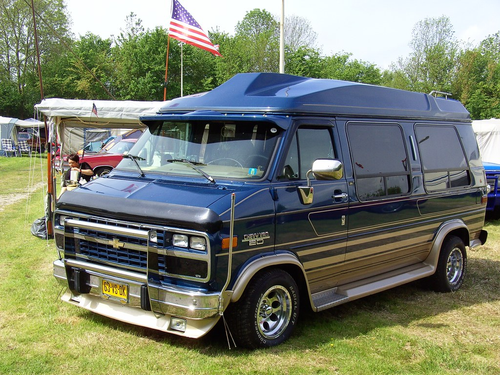 1993 Chevrolet Chevy Van 20 Starcraft