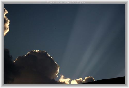 pakistan sunset night clouds evening peshawar rays nwfp chitral mountainscenery hindukush imranthetrekker imranschah chitralguy northwesternpakistan