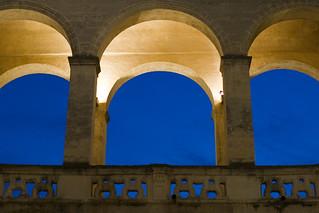 Immagine di Castello di Mesagne. blue light sky italy castle canon eos italia cielo castello salento puglia luce reportage brindisi eosd mesagne obiettivi 1dmarkiii eos1dmark3 eosdeurope andreauuu alemannoandreadonato fotofucina