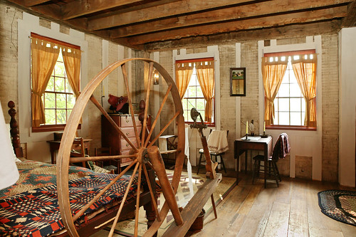new york england house ny history church wheel architecture joseph quilt interior style smith historic spinning mormon earlyamerican lds furnishing framehome