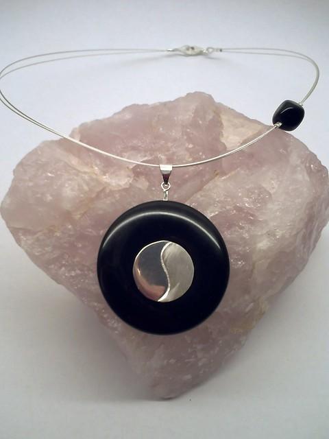 yin yang onyx donut flickr photo sharing. Black Bedroom Furniture Sets. Home Design Ideas