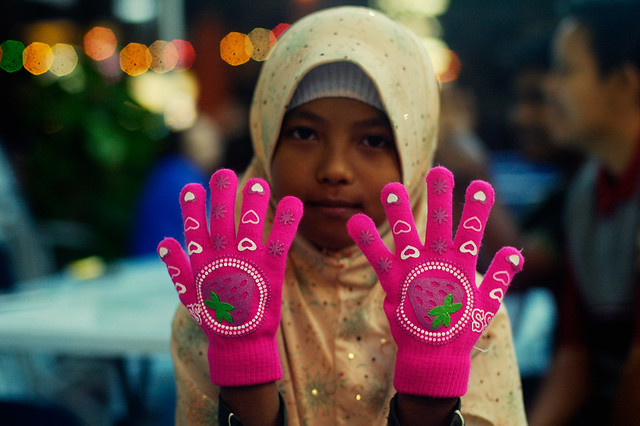 Hippy Pink Gloves (DSC8040)