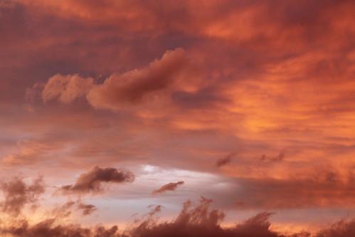 sunset sky france horizontal rouge ciel cielo nuages soir auvergne coucherdesoleil puydedôme clermontferrand platinumheartaward artofimages photostudio63 photographeclermont63fr photostudio63fr photographeclermontferrand photographeclermont63com photostudiocom thierrytavares