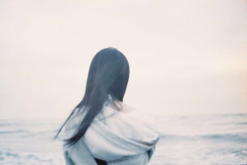 _凝望幸福,看不荒的恆海。