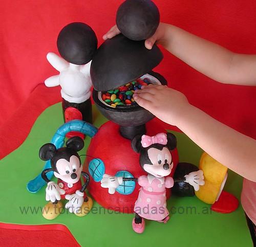 Playhouse cake casa de mickey mouse flickr photo - Casa de minnie mouse ...