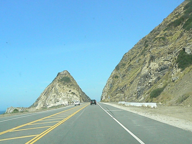 The Car Company >> Famous part of highway one 1 road used in many car ...