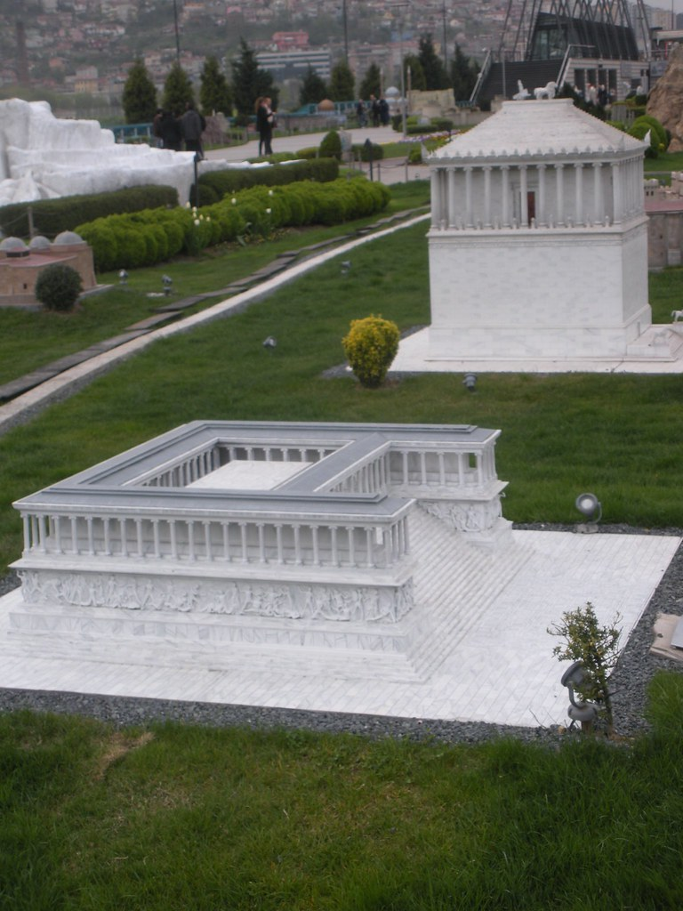Pergamon Temple & Mausoleum of Halicarnassus