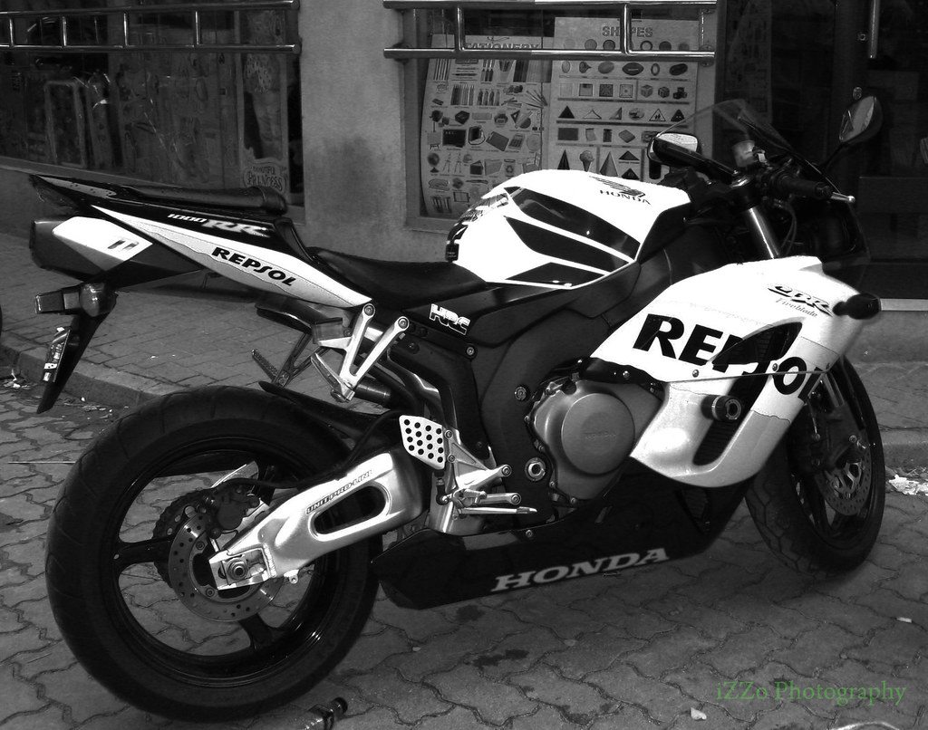 Honda cbr 1000rr black white this is super bike is kool flickr