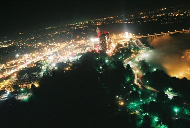Downtown Niagara Falls Canada Night Yespage Flickr