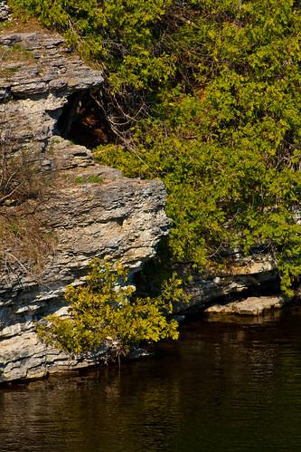 ontario canon geotagged rocks formation fenelonfalls xti giltennant fenelonriver