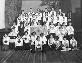 Collins Fieldhouse girls basketball team, 1917