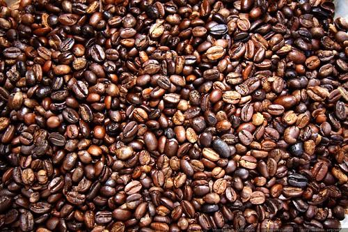 fresh roasted ethiopian moreno coffee beans    MG 6448