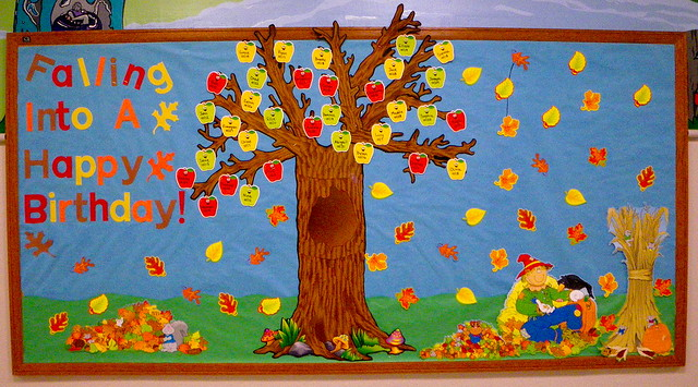 September Bulletin Board Ideas http://www.flickr.com/photos/annbb/5788034995/