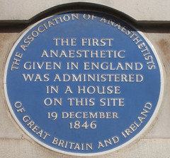 Photo of first anaesthetic given in England blue plaque