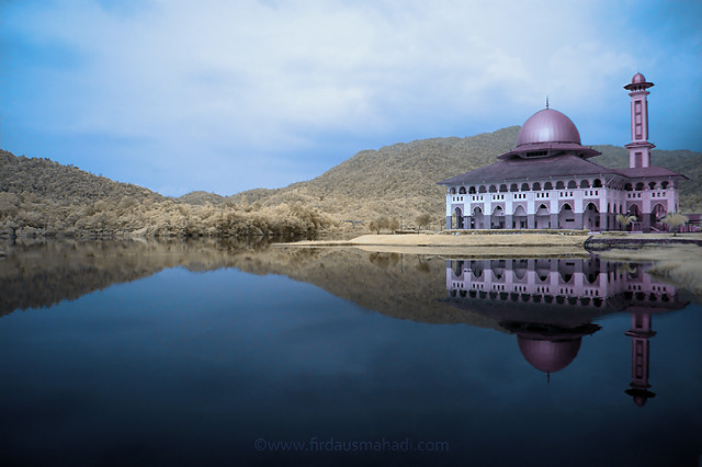 Darul Qur'an Mosque V - Infrared