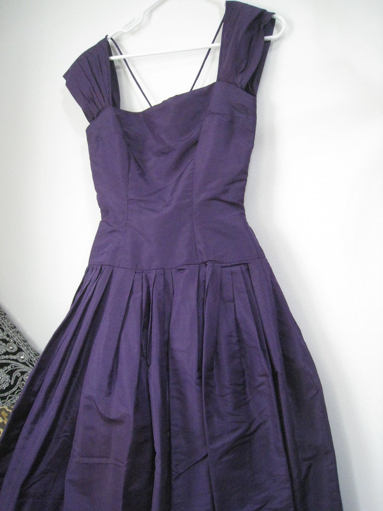 gone dress Mollie Parnis purple