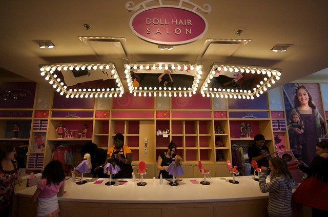 American Girl stores in Dallas TX - Hours, locations and phones Find here all the American Girl stores in Dallas TX. To access the details of the store (locations, store hours, website and current deals) click on the location or the store name.