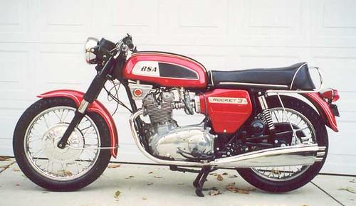1969 BSA Rocket III e