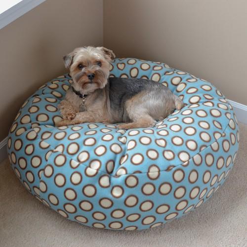 Fleece dog bed tutorial dog under my desk for Build a dog bed