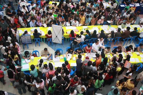people work mall island search asia asien crowd sm queue filipino filipina job seeking pinoy philipines pilipinas luzon philipina phillipines pinas birdview phillipina phillippines filippinerna philippina dasmariñas dasmarinas phillippina filipinsk filipinerna fillippina filippinsk