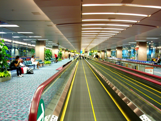 Travellator Changi Airport