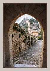 Ell Castell