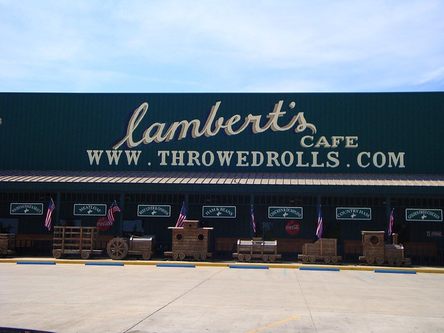 Is Lamberts Cafe In Foley Al Open For Thanksgiving