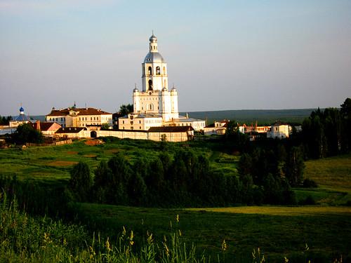 monastery russiajuly2007copyrightcrollynnrössel ulianovo