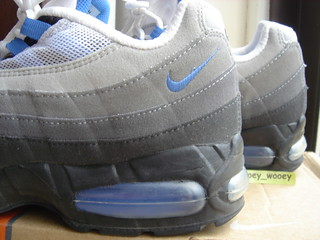 Nike Air Max 95  Black   Blue Crystal  (604116 042) ( 02).…  7fb9995ab