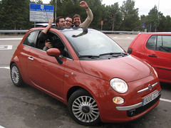 automobile(1.0), fiat(1.0), fiat 500(1.0), vehicle(1.0), city car(1.0), fiat 500(1.0), land vehicle(1.0),