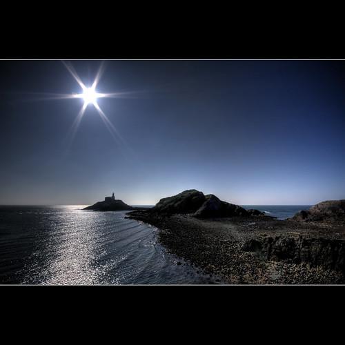 lighthouse geotagged glare explore mumbles 112 mumbleslighthouse explored gloriousfool geo:lat=51568753 geo:lon=3976724