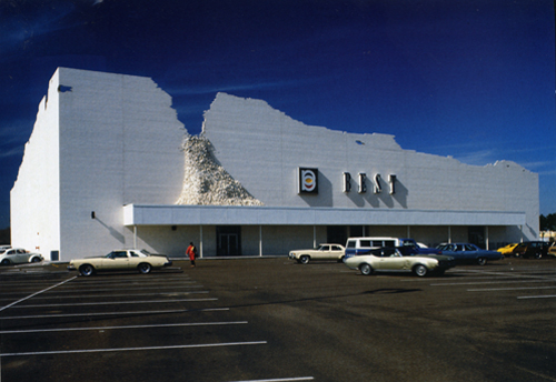 Ouno design still unsurpassed box store architecture site for Architecture 1970