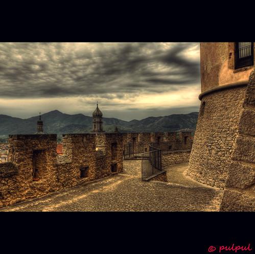 italy castle italia tokina campanile veduta borgo molise isernia campanili chiese venafro pulpul castellopandone 1116mm