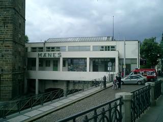 062 Manes Restaurant