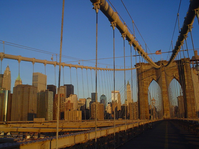 brooklyn bridge view of manhattan in new york city