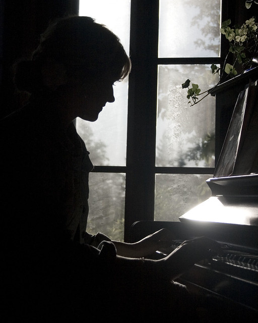 piano silhouette | Flickr - Photo Sharing!