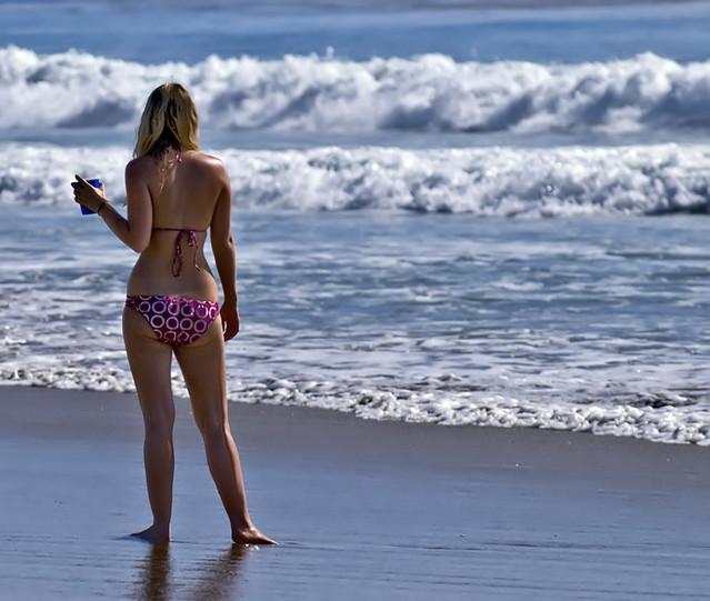 3d girl in beach resort fucked - 1 10