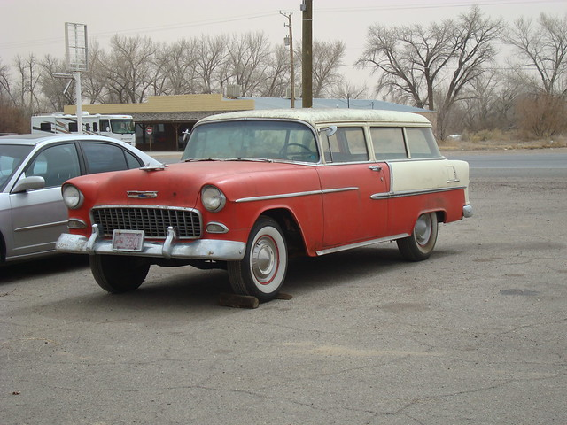 1955 chevrolet 2 door wagon non nomad style green for 1955 chevy 4 door wagon