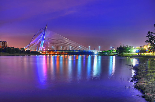 A Bridge Too Far : HDR :