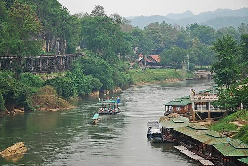 thailand war asia bangkok kanchanaburi riverkwai deathrailway totallythailand
