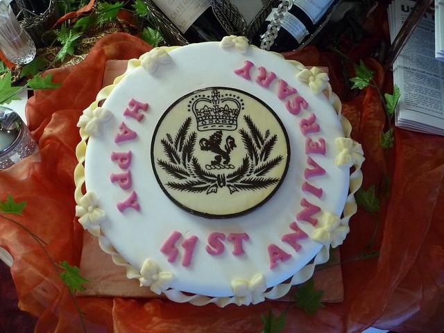 41st Wedding Anniversary Gift: Happy 41st Anniversary QE2!