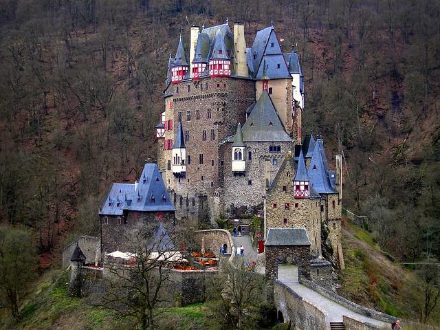 Burg Eltz 157
